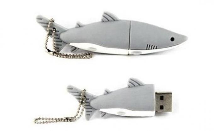 Shark USB