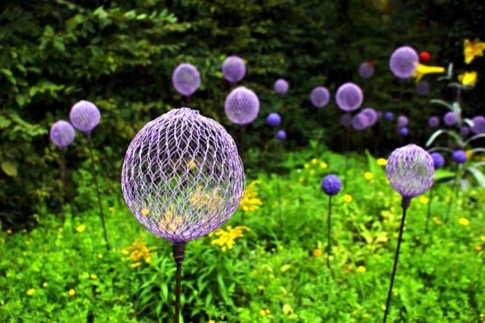 diy chicken wire flowers garden decor