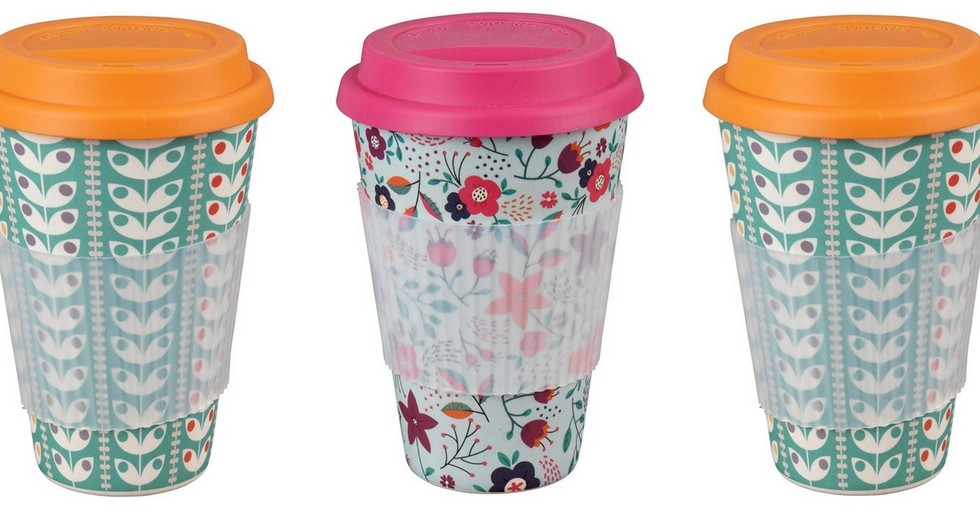 Free Giveaway: Retro Travel Mugs