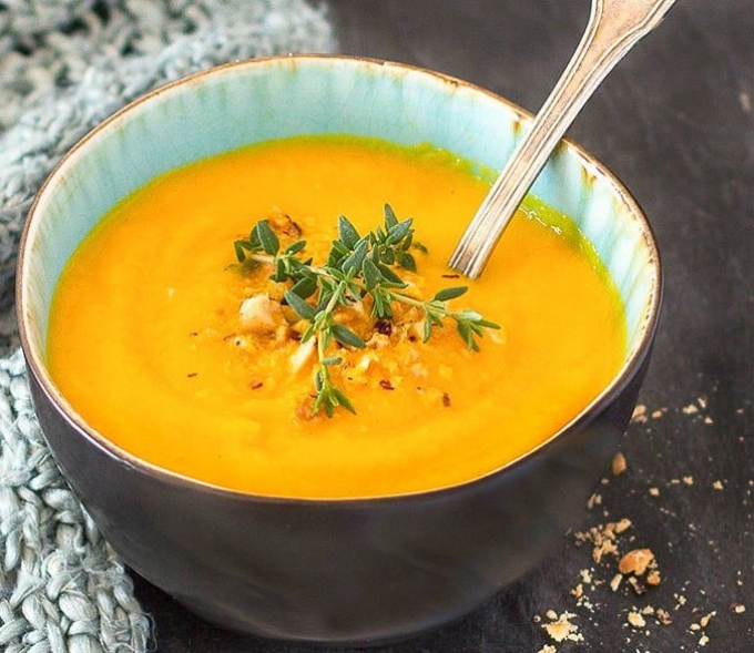 ginger & turmeric carrot winter soup recipe