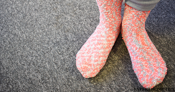how to stretch shoes with socks
