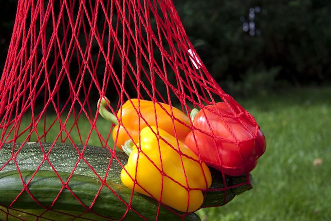 string shopping bag fruit