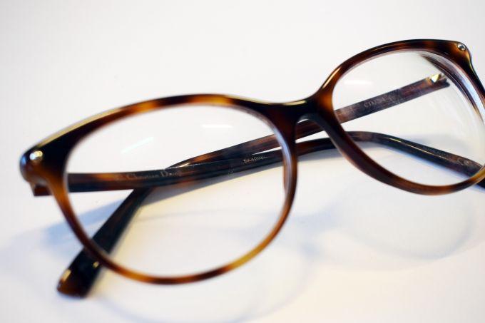 dior tortoiseshell glasses