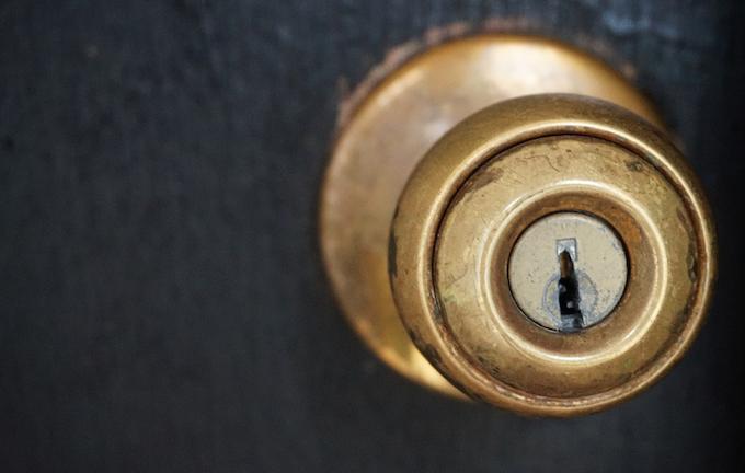 painting door handle gold