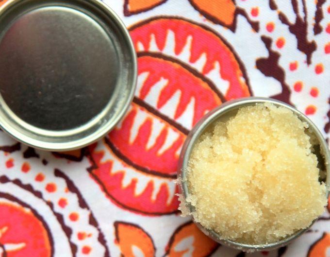 manuka honey lip scrub