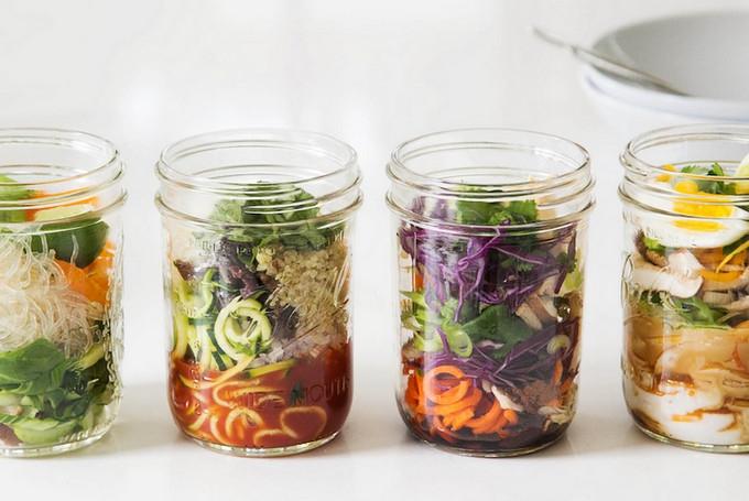 Ingenious noodle pots!