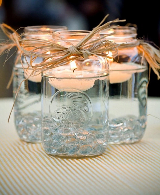 These jars can also be made into wedding favours.