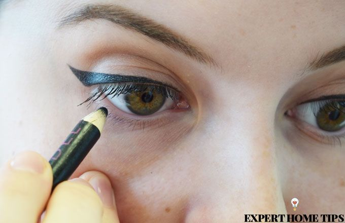 tightlining eyeliner