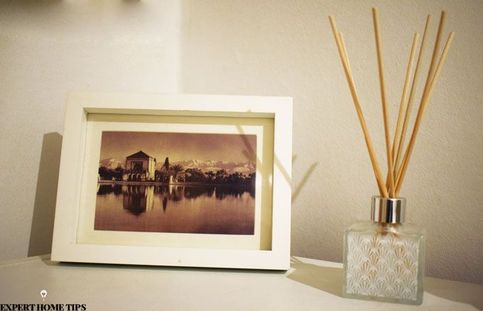 reed diffuser and photoframe
