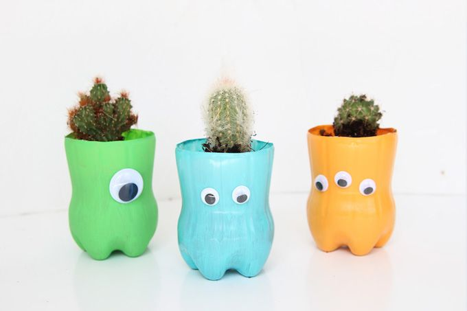 water bottle plant pots