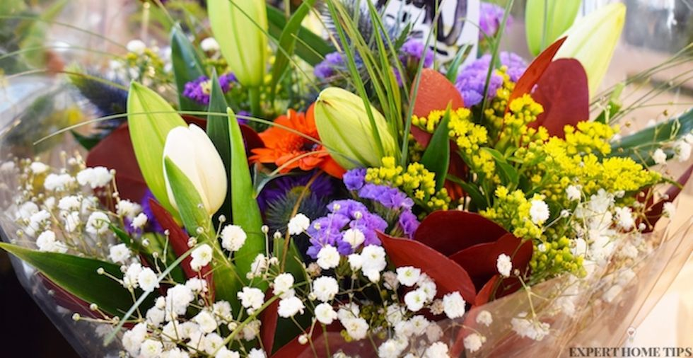 10 uses for an old bouquet of flowers
