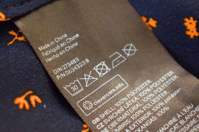 clothes label