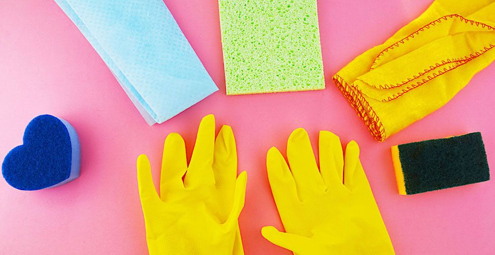 10 Simple Spring Cleaning Tips To Save You Time & Energy
