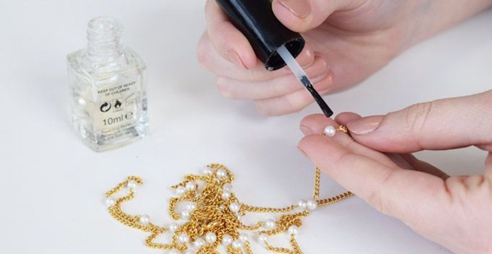 21 Wondrous Uses For Nail Polish (That Have Nothing To Do With Nails!)