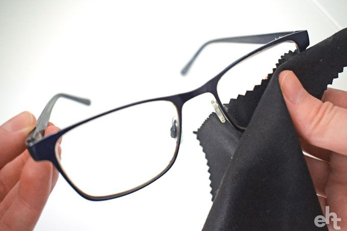 cleaning eye glasses