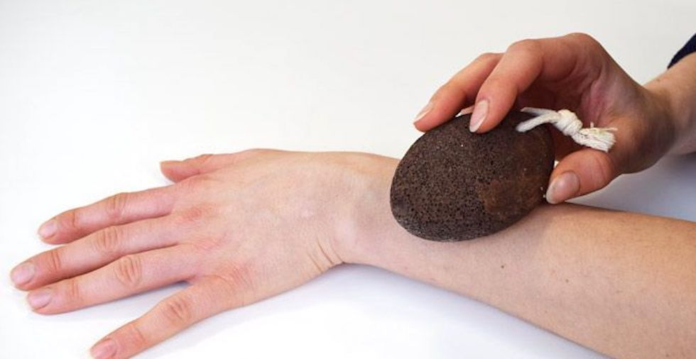 Natural Hair Removal: 5 Weird Remedies That Actually WORK!